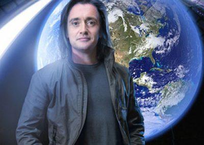 Richard Hammond:Earth Machine